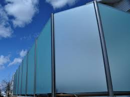 Wind Screens For Decks by Glass Railing Calgary Deckview Glass And Railing