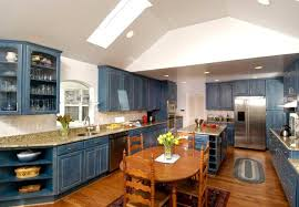 what color cabinets go with venetian gold granite kitchens color one of the most important design