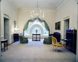 white house third floor master bedroom obama inside the kid