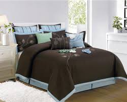 Blue And Brown Bedroom by Sky Blue And Brown Cotton King Bedspread With Rectangle White