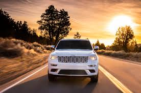 jeep driving away first drive 2017 jeep grand cherokee automobile magazine