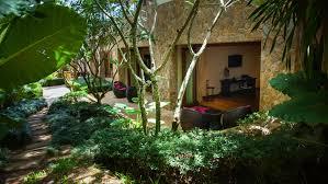 sala garden view villa katrani