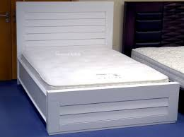 Wooden White Bed Frames White Wooden Bed High Gloss White Solid Wood Beds Kingsize