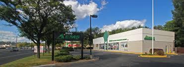 route 17 retail paramus nj