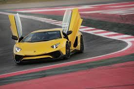 lamborghini aventador road test 2016 lamborghini aventador reviews and rating motor trend