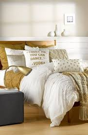 Gold Bedding Sets Best 25 Gold Bedding Sets Ideas On Pinterest White And Bedroom Set