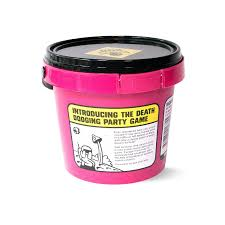 bucket of doom death dodging party game amazon co uk toys u0026 games