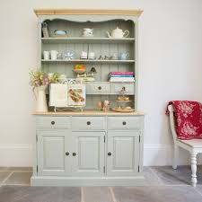 How To Paint Old Furniture by Painting Old Furniture