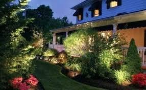 Led Vs Low Voltage Landscape Lighting Outdoor Lighting Low Voltage Vs Led Landscape Design Keystone
