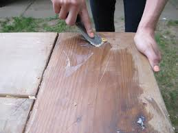 How To Build A Wooden Picnic Table by How To Apply A Wax Finish To An Outdoor Picnic Table How Tos Diy