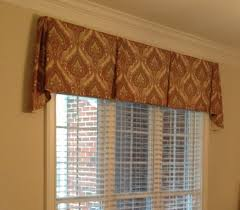 Bedroom Valances For Windows by Cool Valances For Living Room Interior Design To Be Stunning