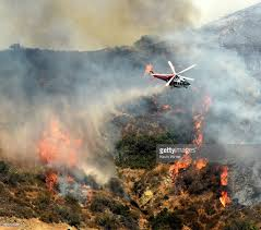 Wildfire California 2016 by Wildfire Burns In Hollywood Hills Photos And Images Getty Images