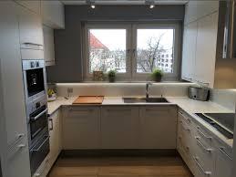 G Stige Kleine K Henzeile Emejing Kleine Küchenzeile Mit Elektrogeräten Gallery House