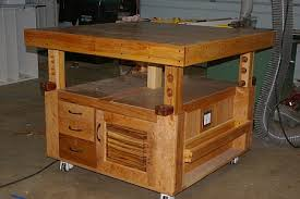 Woodworking Workbench Height by Diy Adjustable Height Workbenches Tables Toolmonger