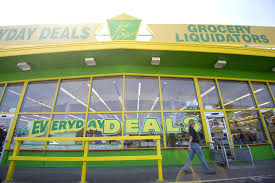 amazon return policy black friday deal liquidators everyday deals opens its doors the columbian