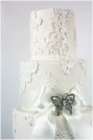 vintage lace wedding cake london wedding cakes london