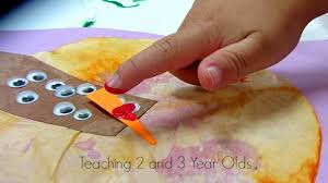colorful turkey craft for