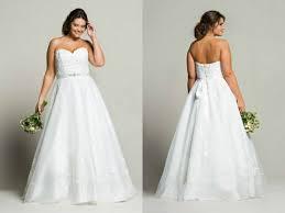 robe de mariã e pour ronde navabi dévoile sa première collection de robes de mariée pour