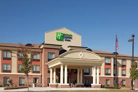 Comfort Inn Suites Salem Va Holiday Inn Express Salem Va Booking Com