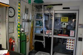 Entry Vestibule by Laboratory Vestibule Laboratory Facilities Uvm Cosmogenic