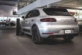 Porsche Macan Build - discover this porsche macan turbo customized by porsche exclusive