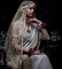 wedding flowers jewellery floral jewellery wedding garlands wedding car decor