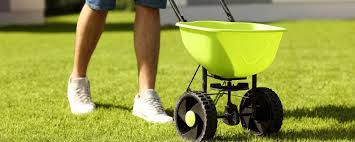 spreader buyers guide yardcaregurus com
