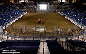 ford park beaumont photojournalism rodeo preparations