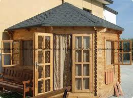 di legno per giardino graziosa casa in legno da giardino ad angolo legnonaturale