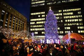 things to do in chicago this weekend magnificent mile lights
