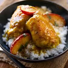 cuisiner haut de cuisse de poulet hauts de cuisses de poulet au cari avec pommes caramélisées sauces vh