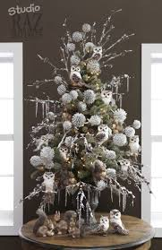 16 best christmas tree decorated with flowers images on pinterest