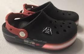 star wars crocs light up crocs light up star wars darth vader black red boys 11 ebay