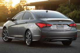 hyundai sonata yf 2014 used 2014 hyundai sonata sedan pricing for sale edmunds