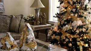 Christmas Tree With Gold Decorations Kay Ellen Design Deck The Halls