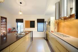 cuisine ancienne et moderne cuisine cuisine ancienne et moderne avec violet couleur cuisine