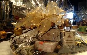 how to make a gift basket herma s foods gifts gift baskets at herma s make a grand