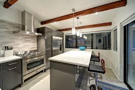 exemple de cuisine moderne modele cuisine bois moderne maison design bahbe com