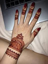 here u0027s what you need to know about henna tattoos the beauty