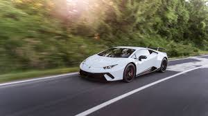 lamborghini huracan pics lamborghini huracan performante five things you didn t