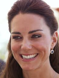 earrings kate middleton prince william gives kate middleton princess diana s sapphire