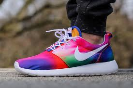 rosch runs nike roshe run tiedye wearables tie dye colors