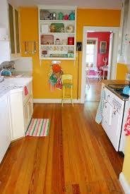 Kitchen Yellow Walls White Cabinets 100 Yellow Kitchen With White Cabinets Kitchen White