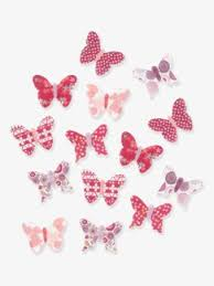 deco papillon chambre rangement et décoration de chambre bébé déco chambres bébés