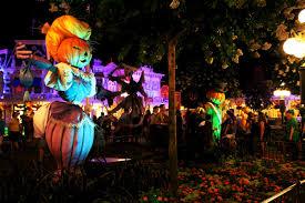 Halloween Lighting Tips by Disney U2013 The Cupcake Caravan