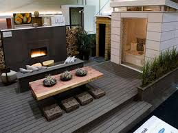 this roof deck is just a flat extension from the house radical