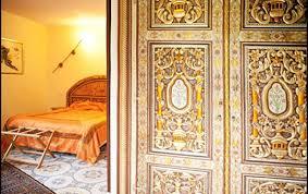 chambre d hotes aigues mortes le de la montille chambres d hôtes entre aigues mortes et les
