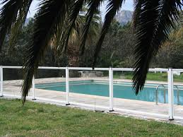 piscine en verre clôture anti intrusion rapide à installer nice lyon nao fermetures