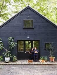Black Barns Love This Vacation House In South Carolina Re Interpreted Barn