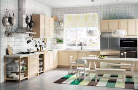 gardinen für die küche gardinen am küchenfenster tipps und ideen für vorhänge in der